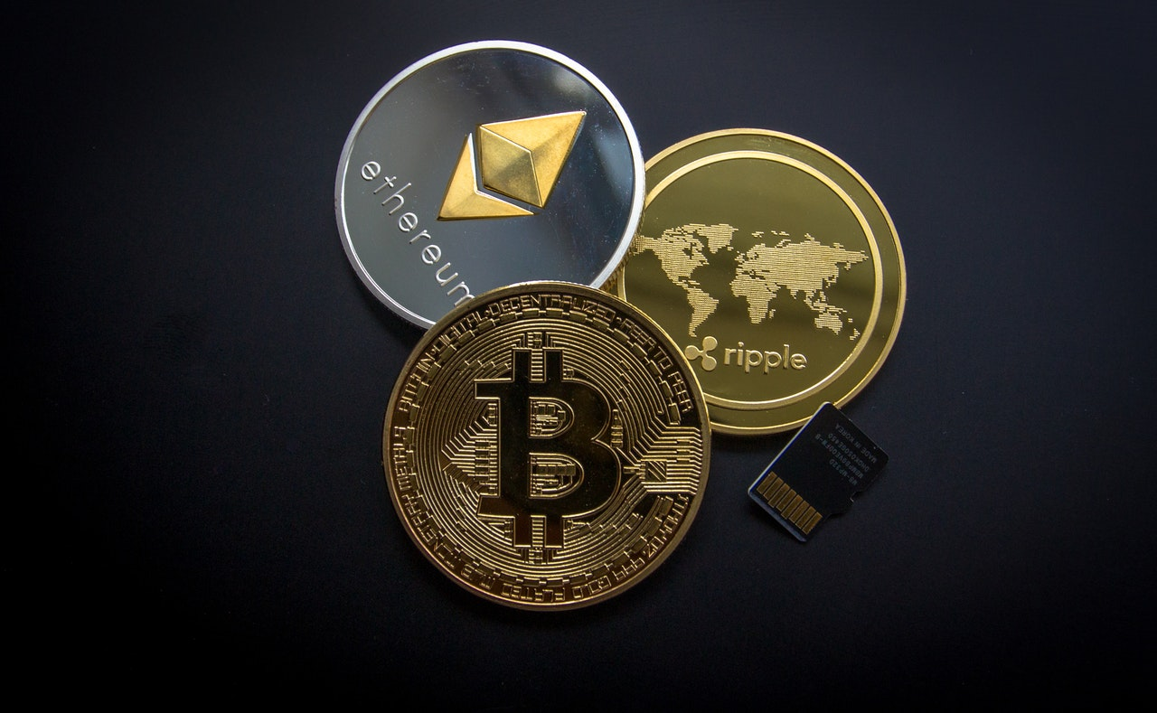 Essay on Cryptocurrencies